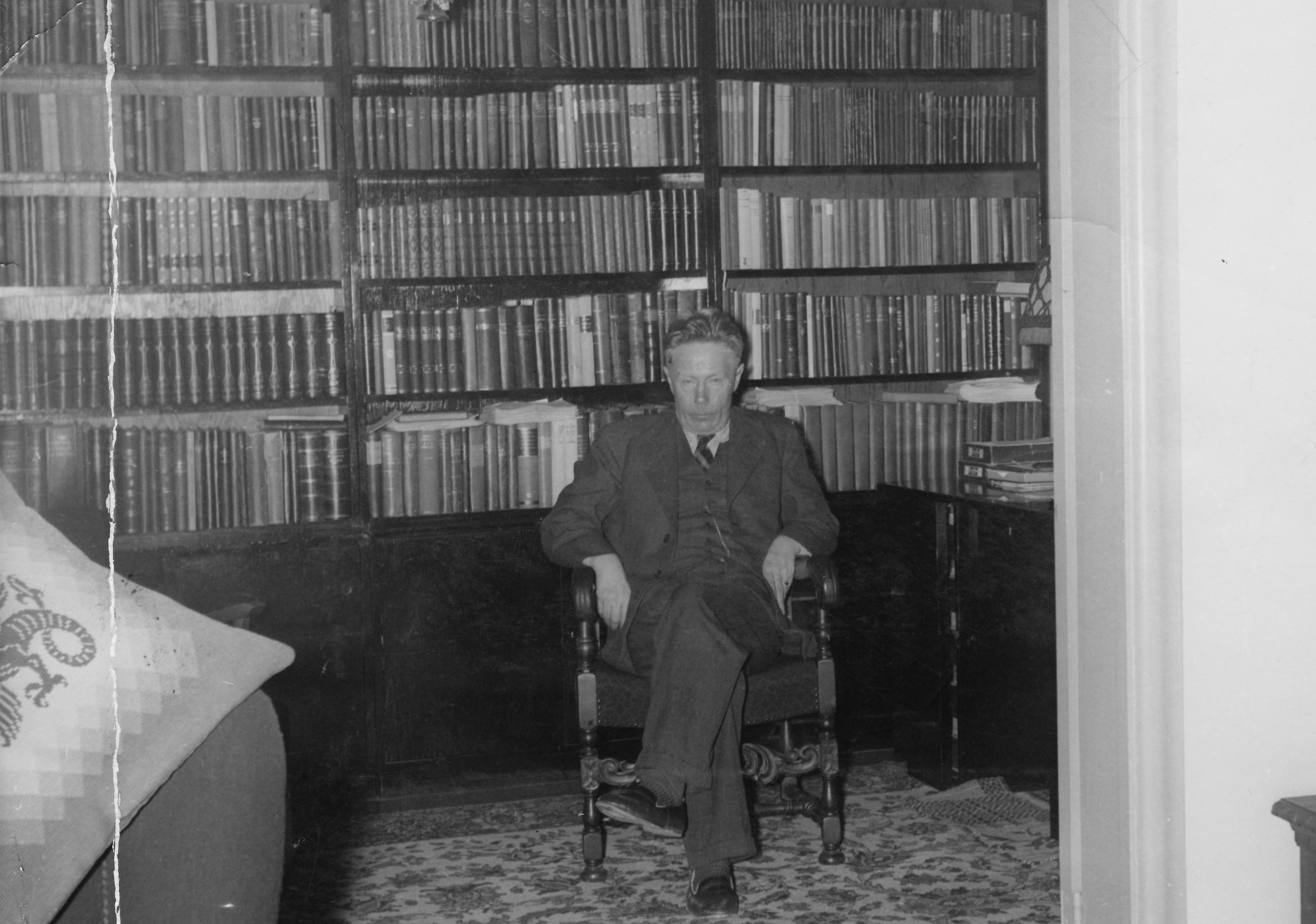 Торбергур Тордарсон — исландский писатель-родился 12 марта 1888 года